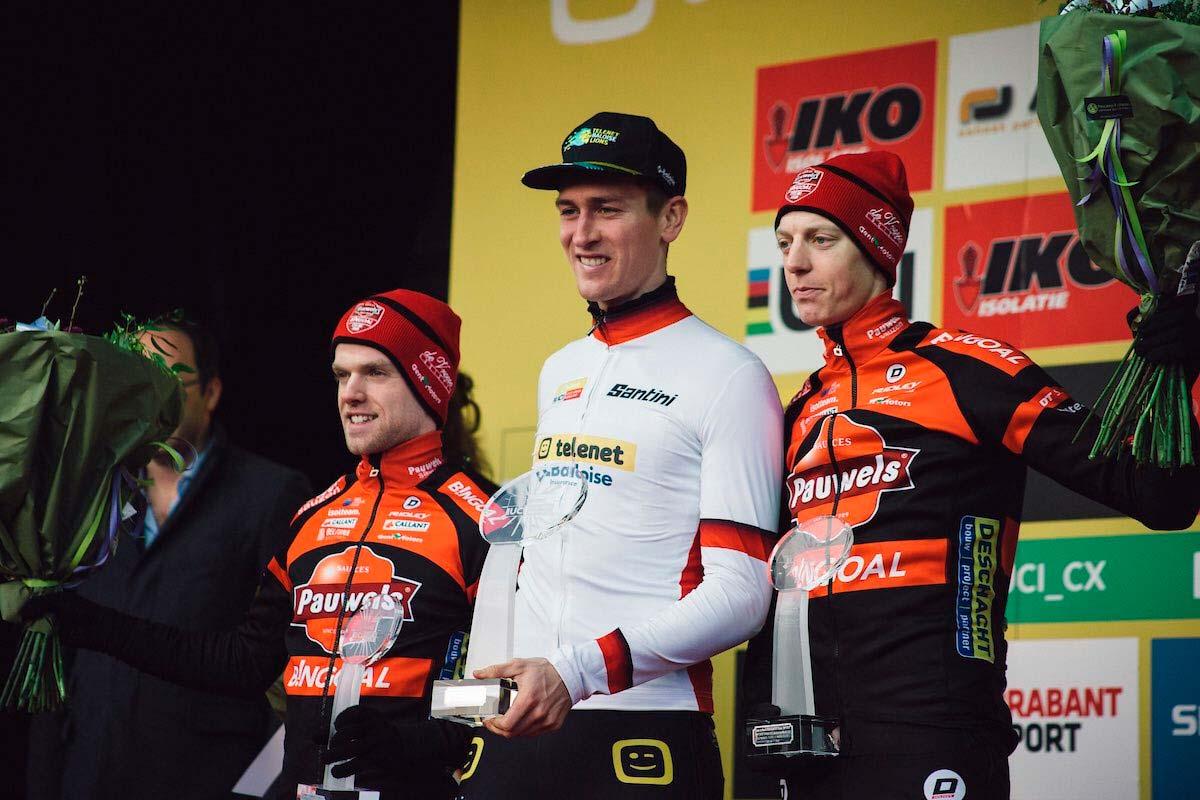 Toon Aerts y Annemarie Worst ganan la Copa del Mundo de Ciclocross 2019-2020